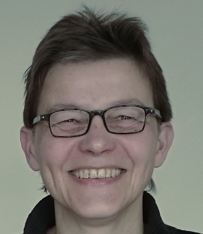 Dr. Dominique Schirmer